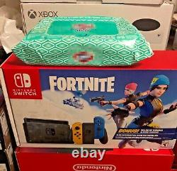 BRAND NEW Nintendo Switch FORTNITE Special Edition WILDCAT BUNDLE w2000 V-Bucks