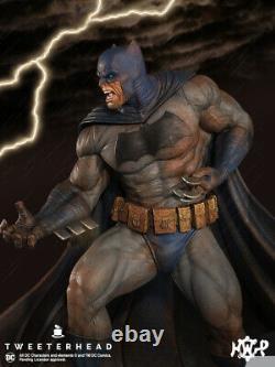 Batman Dark Knight Maquette Statue -The Muddy Edition Tweeterhead Factory Sealed