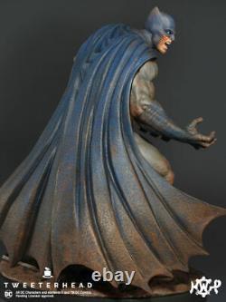Tweeterhead Batman Dark Knight Maquette Statue Exclusive Muddy Edition In Stock